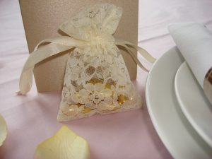 Lace Favour Bag Ivory